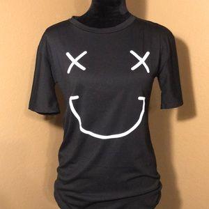 Black smiley face t-shirt